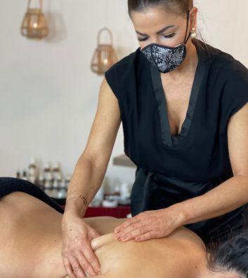 Massaggio del tessuto connettivoo Connettivale
